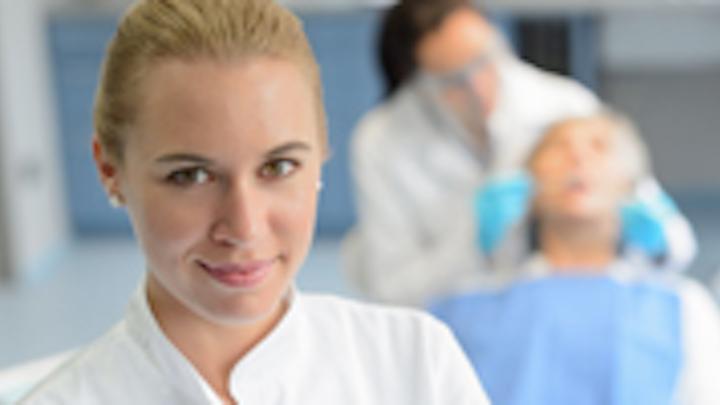 Content Dam Diq Online Articles 2015 03 Dental Assistant Thumbnail