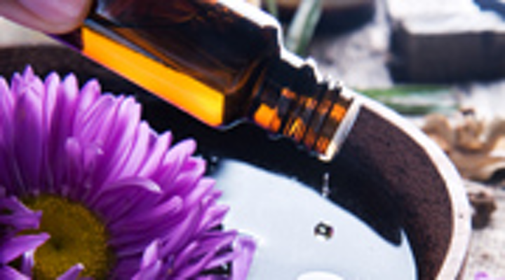 Content Dam Diq Online Articles 2015 04 Aromatherapy Purple 180 100