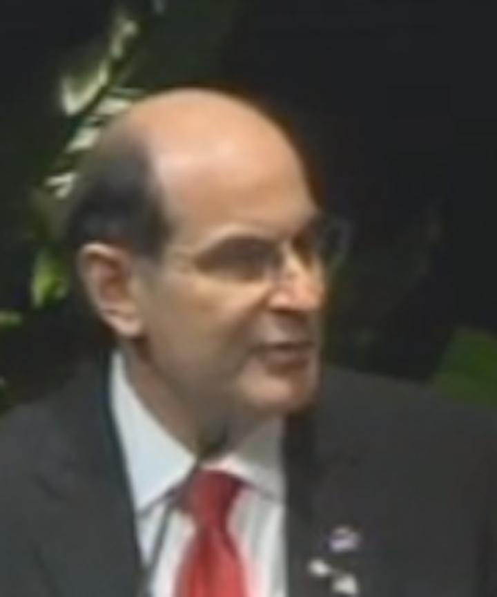 Dr David Halpern