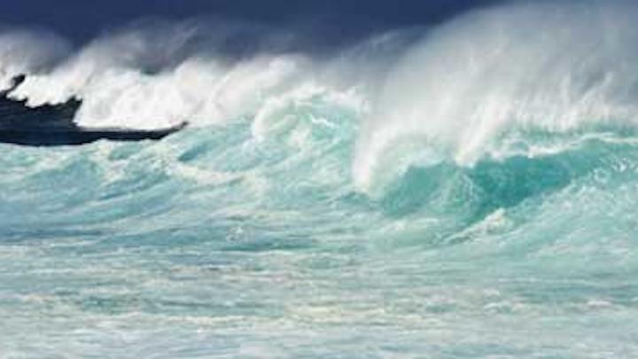 Content Dam Diq Online Articles 2016 05 Big Wave Dreamstimet