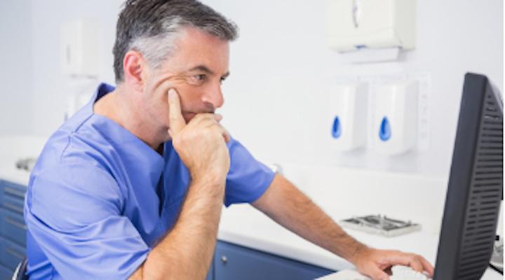 Content Dam Diq Online Articles 2017 03 Dentist Serious Computer Diqthumb