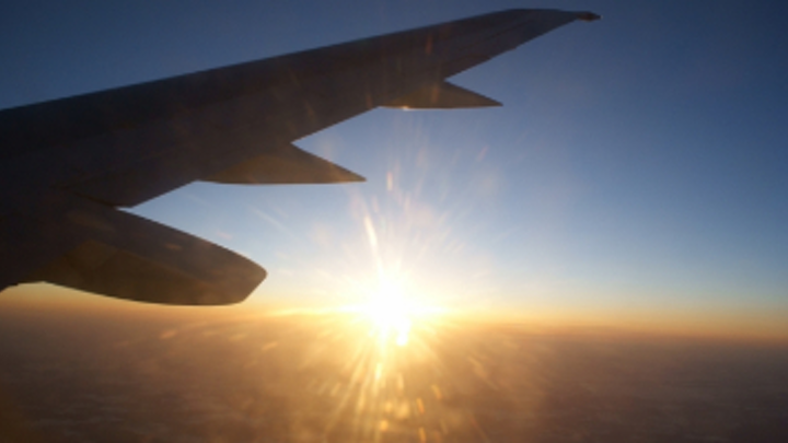 Content Dam Diq Online Articles 2017 10 Airplane Wing Sunset Thumbnail