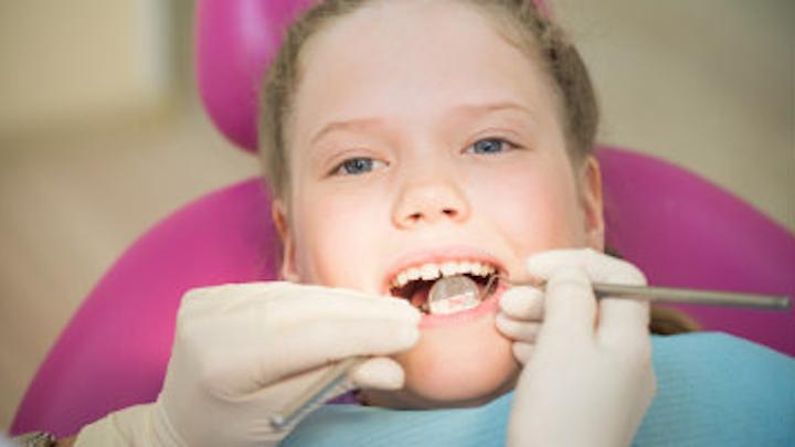Content Dam Diq Online Articles 2018 01 Pediatric Dental Exam Diqthumb