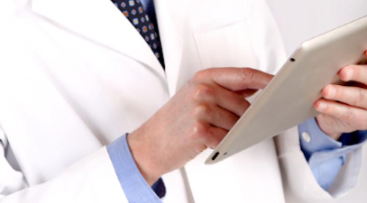 Content Dam Diq Online Articles 2018 05 Doctor Using Ipad Diqthumb