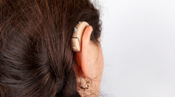 Hearing-impaired patients: Are dental professionals