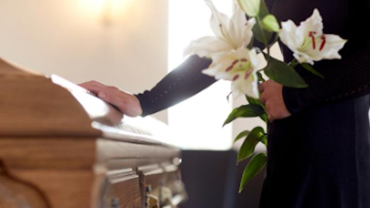 Content Dam Diq Online Articles 2018 09 Funeral 1