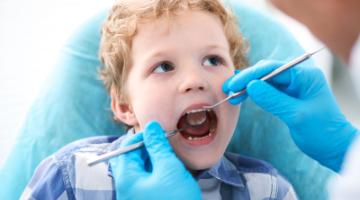 Content Dam Diq Online Articles 2019 02 Boy Dental Exam Whiteley 360x200