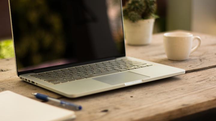 De Diq Sub Guidelines Laptop Wooden Table