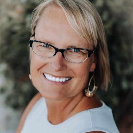 Sue Jeffries Headshot
